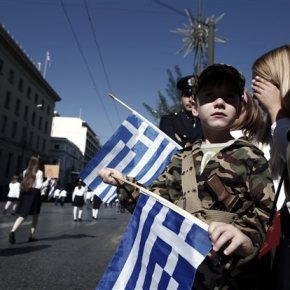 Στις 11.00 της Τρίτης η παρέλαση της 28ης Οκτωβρίου στην Αθήνα Και στρατιωτική παρέλαση στηνΘεσσαλονίκη