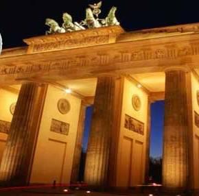Bρετανικός Τύπος: «Σε πέντε χρόνια η Γερμανία θα χρειαστείΜνημόνιο»