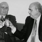 Πώς απέτρεψαν, ο Κ.Τσάτσος και ο Ε.Παπανούτσος, την καθιέρωση του λατινικού αλφάβητου και της φωνητικής γραφής από τον Κ.Καραμανλή