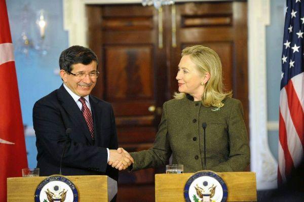 Clinton_and_Davutoglu