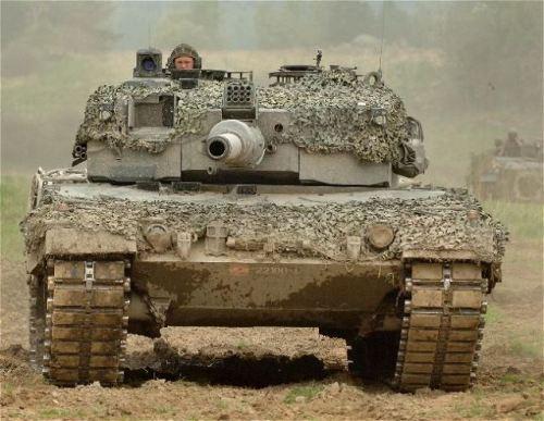 Leopard_2A4_main_battle_tank_Austria_austrian_army_640