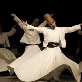 Με δερβισάδες στήνουν χορούς οιαφελείς