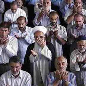 Στην Αθήνα ο διάσημος Ιμάμης Χαταμί για να «νουθετήσει» τη μουσουλμανική κοινότητα τωνΣιιτών.