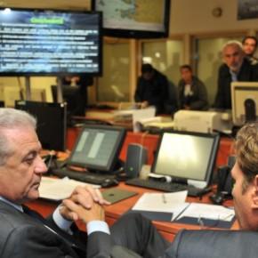 Ο Επίτροπος Αβραμόπουλος με 3,4 εκατομμύρια στο Ναυτιλίας για τηνμετανάστευση