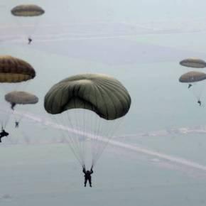 MEΓΑΛΗ ΑΣΚΗΣΗ ΜΕΤΡΗΣΗΣ ΕΤΟΙΜΟΤΗΤΑΣ EKTAKTO: Μαζικές ρίψεις Ελλήνων αλεξιπτωτιστών στην Κύπρο – Σε θέσεις μάχης οι Επιλαρχίες των Τ-80 &ΒΜΡ-3