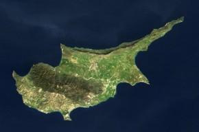 Με υπογραφή εθνικοφρονούσης κυβέρνησης το… ξεπούλημα της Κύπρου στουςξένους