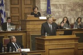Πρόκληση τούρκου βουλευτή μέσα στην ελληνική Βουλή – Οργισμένη απάντηση Βενιζέλου