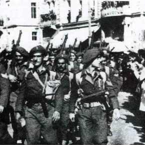 Οκτώ ερωτήματα για τον Δεκέμβριο του1944
