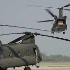 Έρχεται το πρωτο απο τα 10 ελικόπτερα CHINOOK απόΗΠΑ