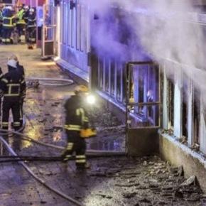 Χριστούγεννα στη Σουηδία: Έβαλαν φωτιά σε τζαμί- 5τραυματίες