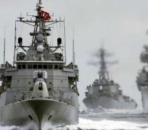 Με τον τουρκικό στόλο στο Αιγαίο έρχεται ως «σουλτάνος» ο Νταβούτογλου που θέλει να πάειΘράκη