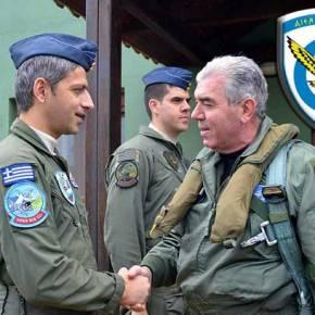 Πήρε σβάρνα της Σμηναρχίες Μάχης ο Αρχηγός του ΑΤΑ…Και όχι μόνο για ευχές ! (Φωτο &video)