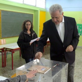 Ο Αβραμόπουλος ήρθε ψήφισε αλλά το ερώτημα ειναι πότε θαεπιστρέψει