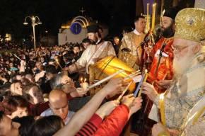 Οι Αλβανοί αρνούνται επι χρόνια την υπηκοότητα στον ΑρχιεπίσκοποΑναστάσιο…