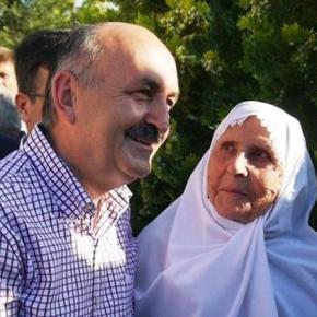 Τούρκος υπουργός Υγείας: «Οι γυναίκες οφείλουν να θέτουν ως προτεραιότητα την μητρότητα και όχι τηνκαριέρα»