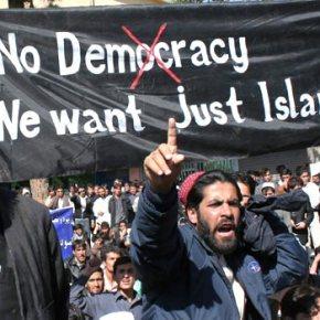 Το παρανοϊκό Ισλάμ δεν αντιμετωπίζεται με«δημοκρατία»…