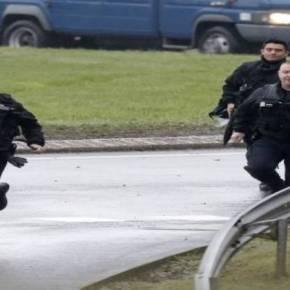 ΤΕΡΑΣΤΙΑ ΕΠΙΧΕΙΡΗΣΗ ΣΕ ΕΞΕΛΙΞΗ EKTAKTO: Tαμπουρωμένοι σε κατάστημα οι μακελάρηδες του CharlieHebdo