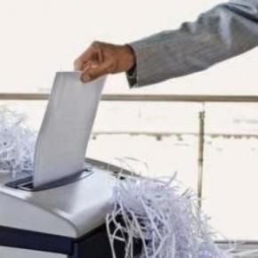 Η ώρα των «καταστροφέων» και στο ΥΠΕΘΑ με τις δημοσκοπήσεις να δείχνουνΣΥΡΙΖΑ