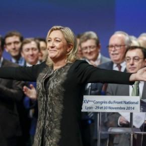 Μαρίν Λε Πεν στην Monde: «Ναί! Ελπίζω να νικήσει οΣΥΡΙΖΑ»