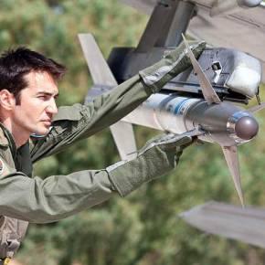 Ετοιμάζουν ¨βροντερή υποστήριξη»οι Αεροπόροι μας στο ΠολεμικόΝαυτικό!