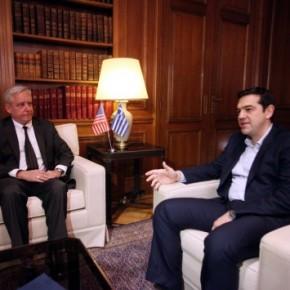 Οι ΗΠΑ «συμβουλεύουν» την Αθήνα να συνεργαστεί -Χλιαρή η στήριξη των Αμερικανών μετά το χθεσινό τηλεφώνημα Ομπάμα με Μέρκελ – Οι ΗΠΑ μας παροτρύνουν: Τηρήστε τις δεσμεύσειςσας