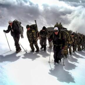 Χιόνι και αμφίβιες επιχειρήσεις για τους Ευέλπιδες!Φωτορεπορτάζ