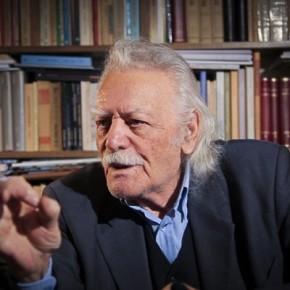 Διαβάστε γιατί ο Μανώλης Γλέζος ζητά «συγνώμη» από τον ελληνικόλαό