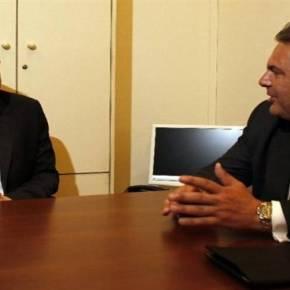 «η συμφωνια ειναι υποταγη»ΣΥΡΙΖΑ: Ζητά αλλαγή ηγεσίας η Κομμουνιστική Τάση Αντιδράσεις έφερε στο εσωτερικό του ΣΥΡΙΖΑ, η συμφωνία της Αθήνας με τους δανειστές, στο έκτακτο Eurogroup τηςΠαρασκευής.