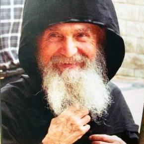 Τελευταίες αποκαλύψεις τού γέροντος Εφραίμ τήςΑριζόνας…