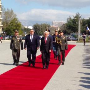 Παυλόπουλος προς Ευρωπαίους: «Φυλάμε και τα δικά σας σύνορα μην τοξεχνάτε»-BINTEO