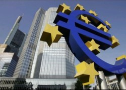 Τα τρία σενάρια για την Ελλάδα που «βλέπει» η Deutsche Bank Παραμένουν υψηλά τα ρίσκα για την κατάρρευση των διαπραγματεύσεων εκτιμούν οιαναλυτές