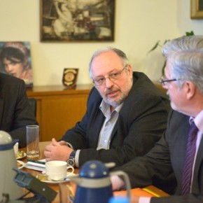 Αλλαγή σελίδας στις ελληνορωσικές σχέσεις ανακοίνωσε ο Ήσυχος από τηΜόσχα
