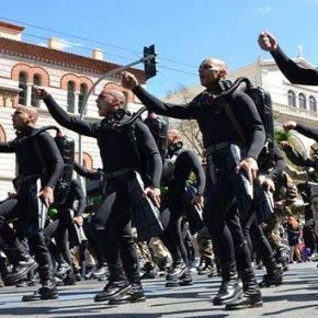 Προκαλεί ο Δ.Παπαδημούλης την κυβέρνηση χαρακτηρίζοντας «εθνικιστικά» τα συνθήματα των ΟΥΚ στηνπαρέλαση!