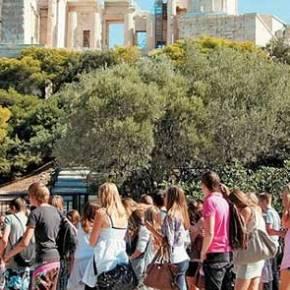 Telegraph: Oσοι πάτε Ελλάδα να έχετε μαζί σαςμετρητά