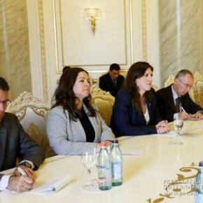 Ζωή Κωνσταντοπούλου: Οι Έλληνες με τους Αρμένιους έχουν ιστορικέςρίζες
