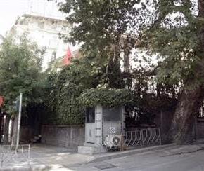 Θεσσαλονίκη: Διαδηλωτές επιτέθηκαν σε φυλάκιο του τουρκικούπροξενείου