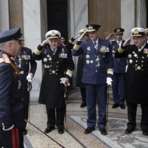 Πως θα επιλεγούν οι 7 αξιωματικοί που θα συνοδεύσουν τον Α/ΓΕΕΘΑ στηνΕΕ;