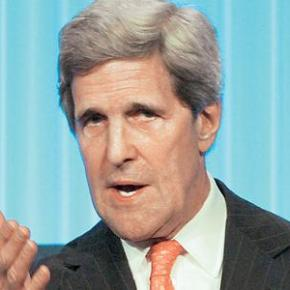 Κέρι: Εμπιστοσύνη προς την Ελλάδα για τις μεταρρυθμίσεις Ο ΥΠΕΞ των ΗΠΑ αναφέρθηκε και στη σημασία των κοινών προσπαθειών για την καταπολέμηση τηςτρομοκρατίας