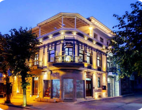Θα κλείσει το ελληνικό προξενείο στηνΚορυτσά;