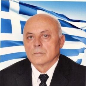 Σμήναρχος Θωμάς Βρακάς, ο  Έλληνας πιλότος που ξευτέλισε τηνΑλβανία.