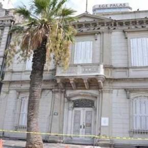 Περί πατριωτισμού: Οταν ο Α.Τσίπρας σώζει ένα σύμβολο που θα πούλαγε στους Τούρκους ο «πατριώτης» Α.Σαμαράς…