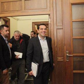 «Μαλλιά κουβάρια» στον ΣΥΡΙΖΑ για τη συμφωνία Στο… χωνευτήρι της κυβέρνησης διαπραγμάτευση, «κόκκινες γραμμές», ρήξη καιρεαλισμός
