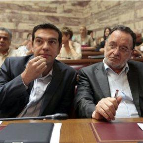Αντιμέτωπος με τους Ευρωπαίους εταίρους, αλλά και το εσωτερικό του ΣΥΡΙΖΑ Συμπληγάδες εντός και εκτός γιαΤσίπρα
