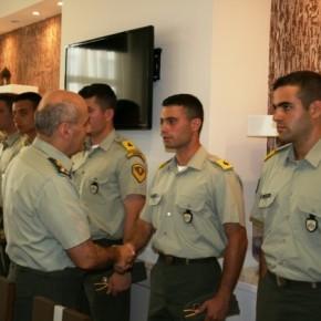 Ο Α/ΓΕΣ συναντήθηκε με τους αυριανούς αξιωματικούς – Γεύμα μετεταρτοετείς