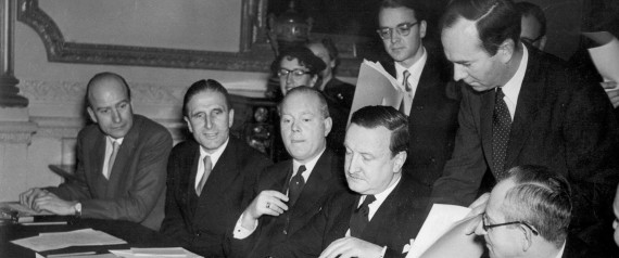 German Debts Agreement signed in London. The signing of the Agreement on German External Depts and of a number of related Agreements took place in London this morning, February 27, 1953, at Londonderry House. The AP-Photo shows: Herr Hermann J. Abs, the German Delegate, about to sign the agreement. Names of others are not mentioned. (AP-Photo)