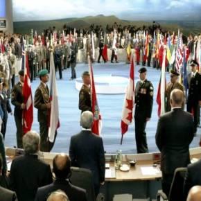 ΟΡΟΣΗΜΟ ΕΞΕΛΙΞΕΩΝ ΑΠΟΤΕΛΕΣΕ Η ΕΠΙΣΚΕΨΗ Α.ΤΣΙΠΡΑ ΣΤΗΝ ΑΓΙΑ ΠΕΤΡΟΥΠΟΛΗ Έκκληση του αναπληρωτή γ.γ. του ΝΑΤΟ προς τους δανειστές: «Αν δεν τα βρείτε με την Ελλάδα θα τους χάσουμε και απόσυμμάχους»
