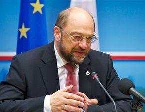 Νομικά δεν είναι ξεκάθαρο είπε ο πρόεδρος του Ευρωπαϊκού Κοινοβουλίου Σούλτς: Η έξοδος από την Ευρωζώνη σημαίνει έξοδος από τηνΕΕ