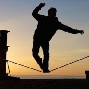 ΠΟΛΙΤΙΚΗ Η ΑΠΟΦΑΣΗ ΠΛΗΡΩΜΗΣ ΤΗΣ ΔΟΣΗΣ ΣΤΟ ΔΝΤ Στην κόψη του ξυραφιού κυβέρνηση και δανειστές – Τι θα κρίνει τη ρήξη ή τησυμφωνία