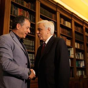 Θεοδωράκης προς Παυλόπουλο: Πατριωτικές και όχι κομματικέςλύσεις