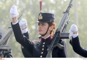Πρόταση σοκ Τσίπρα για την Άμυνα! 600 εκατομμύρια περικοπές και «κούρεμα»προσωπικού